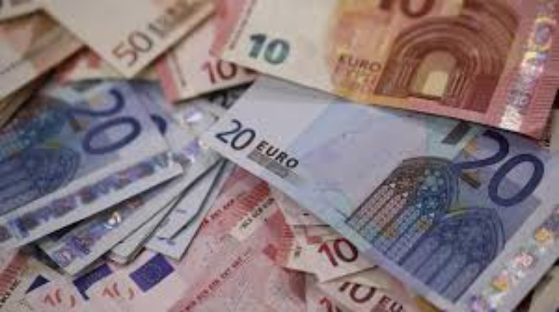New Currency Scares Italian Investors and Banking Sector