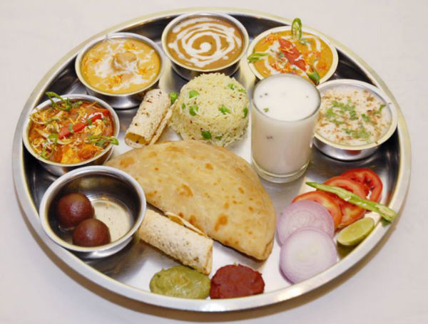 Treat Your Tastebuds With Sumptuous Dishes Of Gujarat On Your Next Vacation With Kids