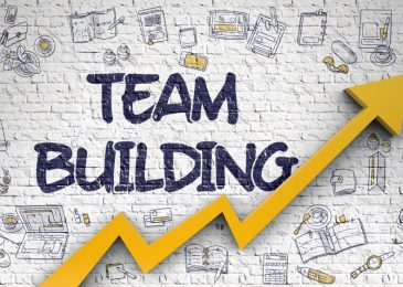 4 Effective Team-Building Exercises